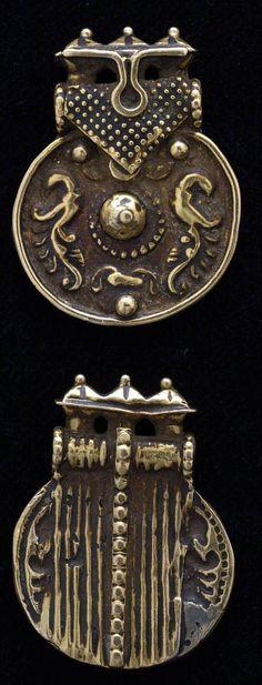 India | 18k gold pendant, with 2 peacocks from Karnataka | ca. 1890