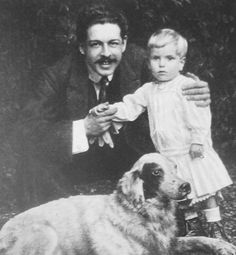 Enrico Toselli (1883 – 1926) was an Italian pianist and composer. He was the second husband of Archduchess Luise, Princess of Tuscany (1870–1947. Here he is with their son Carlo (1908 – 1969).