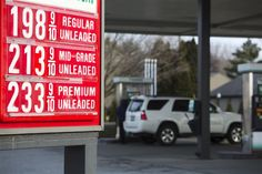Low Gas Prices >> In May 2017 The Us Small Car Sales Fell 9 3 While Us Truck Sales