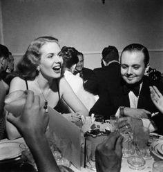 Dolores Sherwood e seu marido Jorginho Guinle, no Copacabana Palace. Rio de Janeiro, 1950. - Foto - Cruz Sousa e Mello Web Site - MyHeritage