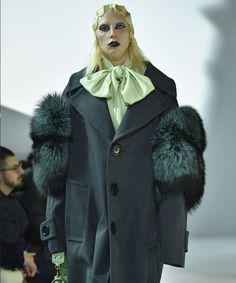Lady Gaga Marc Jacobs Fall 2016 | Marc Jacobs put Lady Gaga and Kendall Jenner in ultrachic deconstructed flapper hair-and-makeup for a circular runway walk that you have to see. #refinery29 http://www.refinery29.com/2016/02/103584/lady-gaga-marc-jacobs-fall-2016