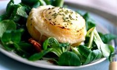 How to eat Goat's cheese salad