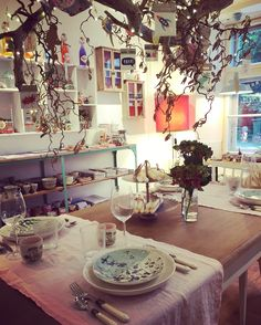 Tree Branches, Art Pieces, Table Settings, Mirror, How To Make, Home Decor, Atelier, Unique, Nice Asses