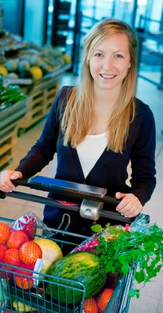 Supermarket forced to withdraw advert featuring happy customers