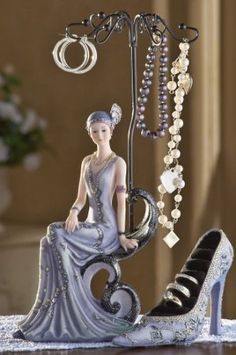 Amazon.com: Victorian Lady Jewelry Holder And Rings Holder Shoe Set By Collections Etc