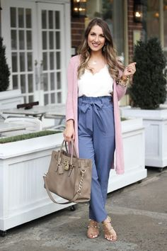 Fashionable Work Outfit Ideas For Women To Looks More Elegant - Outfits for Work Casual Work Outfits, Winter Outfits For Work, Office Outfits, Summer Outfits, Office Attire, Casual Office, Office Chic, Outfit Winter, Work Attire