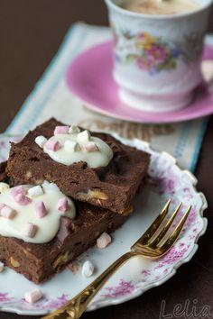 #Wachtelbohnen, #Brownies, #Bohnenbrownies, Walnussbrownies Saftige Brownies mit Bohnenpüree, viel Schoko und Walnüssen.
