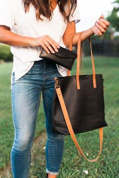 Crossbody Tote - FashionABLE|