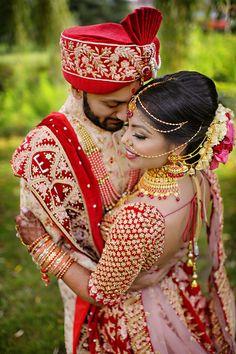 Indian Bride Photography Poses, Wedding Couple Poses Photography, Indian Wedding Photographer, Mehendi Photography, Photography Ideas, Indian Wedding Poses, Indian Bridal Photos, Wedding Dresses Men Indian, Indian Weddings