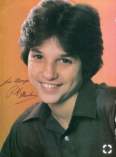 Sam Heughan, Ralph Macchio The Outsiders, The Karate Kid 1984, Young Movie, Divas, Young Actors, Lin Manuel Miranda, Cinema, Michael J