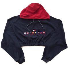 Vintage Reworked Tommy Sailing Crop Hoody (145 BRL) ❤ liked on Polyvore featuring tops, hoodies, jackets, crop top, cropped hoodie, blue hooded sweatshirt, vintage tops and hooded sweatshirt