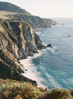 Cliffside Big Sur Elopement with Luxe Boho Details ⋆ Ruffled Mykonos, Santorini, Oh The Places You'll Go, Cool Places To Visit, Places To Travel, Travel Destinations, Samos, Big Sur California, California Coast