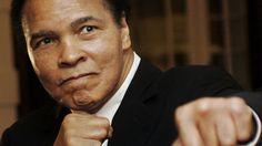 Muhammad Ali era considerado uno de los mejores boxeadores de todos los tiempos y fue tres veces campeón del mundo en la categoría de pesos pesados. Ha fallecido a los 74 años de edad.
