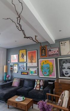 New Pop Art Room Design Apartment Therapy Ideas Apartment Walls, Design Apartment, Apartment Interior, Apartment Living, Apartment Therapy, Studio Apartment, Living Rooms, Retro Apartment, Studio Interior