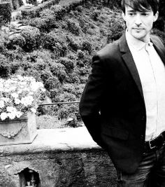 blake is also a cute model Blake Ritson, Serie Tv, Jawline, Doctor Who, Supernatural, Fandoms, Actors, Black And White, Film