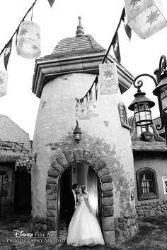 Sweet kisses with a touch of Tangled inspiration at a portrait session in Magic Kingdom