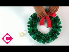 How to make an accordion folded paper wreath - YouTube