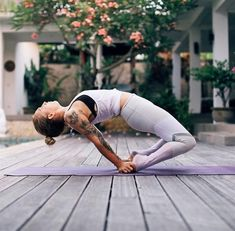 p i n t e r e s t heyitzelizabeth21  #YogaLifestyle