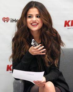 〰��@selenagomez��〰 #selenators #bestfanarmy #iheartawards #Selenagomez #selenagomez #Love #Ly #cute #Beautiful #Beauty #selena_gomez #gomezteam #selenateam #Selena #gomez #Gomezorgohome #lovatic #Arianagrande #SelenaLove #celebrity #Style #shoot #photo #revivaltour #revival #pantene #cute #13reasonswhy #News #Abelena #Metgala http://tipsrazzi.com/ipost/1510965528322352370/?code=BT4ByR_g6Ty