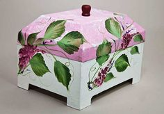 box painted with one stroke technique
