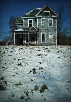 I like the shape & porch on this house.  It could be the perfect farm house.  The attic even has a window.