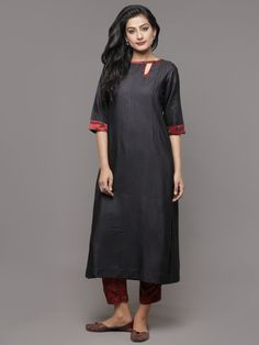 Black Mangalgiri Cotton Kurta with Maroon Pants - Set of 2 Ethnic Dress, Indian Ethnic Wear, Indian Style, Khadi Kurta, Kurti, Patiala Dress, Long Dress With Slit, Indian Fashion, Womens Fashion