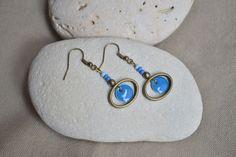 ⋆ Nouveau ⋆ Boucles d'oreilles avec sequin bleu entouré d'un anneau : Boucles d'oreille par libelula-crea