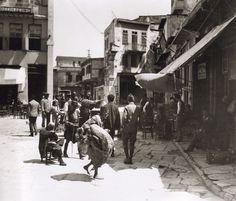 Chania 1911 - Mavrovouniou square by Fred Boissonnas Heraklion, Crete Chania, Greece Photography, Vintage Photography, Street Photography, Old Pictures, Old Photos, Vintage Photos, Benaki Museum