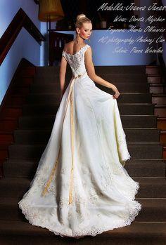 Herm's Delori Recycled Bride, Lace Wedding, Wedding Dresses, Fashion, Moda, Bridal Dresses, Alon Livne Wedding Dresses, Fashion Styles, Weeding Dresses
