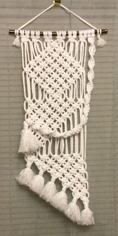 MACRAME WALL HANGING 36, White Bonnie Craft Cord