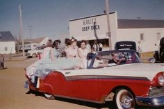 Homecoming Queen, 1957 Any one know where this might be?