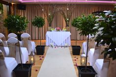 Neutral civil ceremony staging by www.venueperfection.com and www.theflowergardenflorist.co.uk