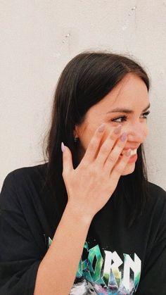 Camila Gallardo, Peinados Pin Up, Tv Shows, Teen, Celebrities, Pretty, Blog, Photography, Singers