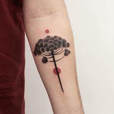 Everyone Leaves Tattoo Minimal Minimaltattoo Nature Tattoos, Body Art Tattoos, New Tattoos, Hand Tattoos, Tattoos For Guys, Cool Tattoos, Tatoos, Tatouage Fibonacci, Simple Flower Tattoo