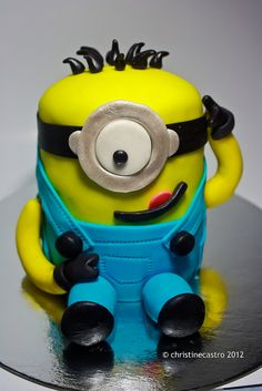 Minions 1, Cupcake, Facebook, Character, Cupcakes, Cupcake Cakes, Lettering, Cup Cakes, Muffin