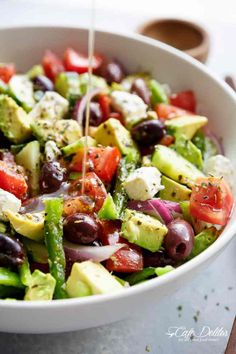 40 Ketogenic Dinner Recipes You Can Make in 30 Minutes or Less Avocado Greek Salad with a Greek Salad Dressing is a family favourite side salad served with anything! So versatile, serve it with anything! Greek Salad Recipes, Vegetarian Salad Recipes, Summer Salad Recipes, Healthy Salads, Diet Recipes, Healthy Eating, Cooking Recipes, Healthy Recipes, Greek Cucumber Salad