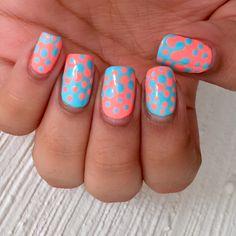 Neon polka dots / Nail art / China glaze - Flip flop fantasy & Kleancolor - Pastel teal