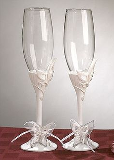 Butterfly Toasting Flutes from Wedding Favors Unlimited