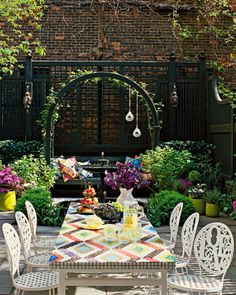 gorgeous and colorful patio and outdoor dining area