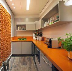 Décor do dia: cor e ousadia na cozinha - Chão de madeira