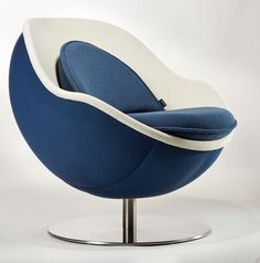 Auch im Profil sehr hübsch: der Loungesessel CLASSIC von Lillus - a beautiful contour: the Lillus lounge chair CLASSIC