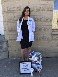 Nursing Schools Encouragement Motivation Keep Going Nursing Graduation Pictures, Nursing Pictures, College Graduation Pictures, Nursing School Graduation, Grad Pics, Graduate School, Graduation Ideas, Nursing Party, Medical School