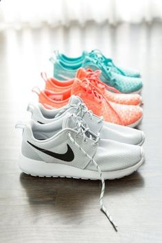 buy online b2418 d067b Nike Shoes Outlet, Nike Free Shoes, Sneakers Nike, Roshe Shoes, Nike Roshe