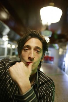 Picture of Adrien Brody Adam Brody, Adrien Brody, Pretty People, Beautiful People, Creepy Guy, Jewish Men, Boys Don't Cry, Charming Man, Model Face