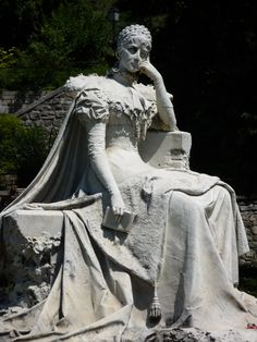 Sisi - The Empress of Austria and the Queen of Hungary, Elisabeth of Wittelsbach (1837 – 1898)  The sculpture on the lakeside streets in Montreux