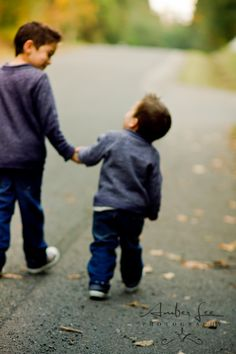 Brotherly love Amber Lee Photography