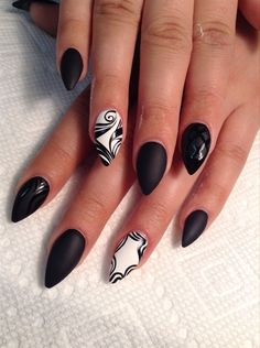 Stilettos - Nail Art Gallery
