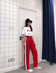 Best Sport Style Dress Outfit Ideas Source by ideas korean asian style Style Outfits, Sport Outfits, Casual Outfits, Cute Outfits, Fashion Outfits, Korean Street Fashion, Korea Fashion, Asian Fashion, Sport Fashion
