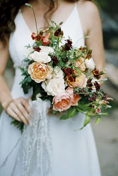 organic #fallwedding #weddingbouquet ideas see the entire rustic wedding here  http://guide.weddingchicks.com/index.php?titel=trending-282-romantic_waterfall_elopement_ideas-l-30-l-22&nav=modul