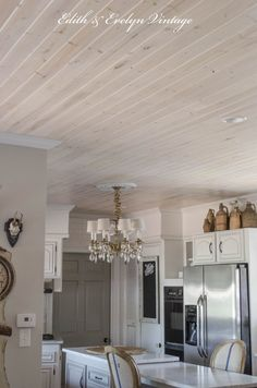 Planked ceiling in k